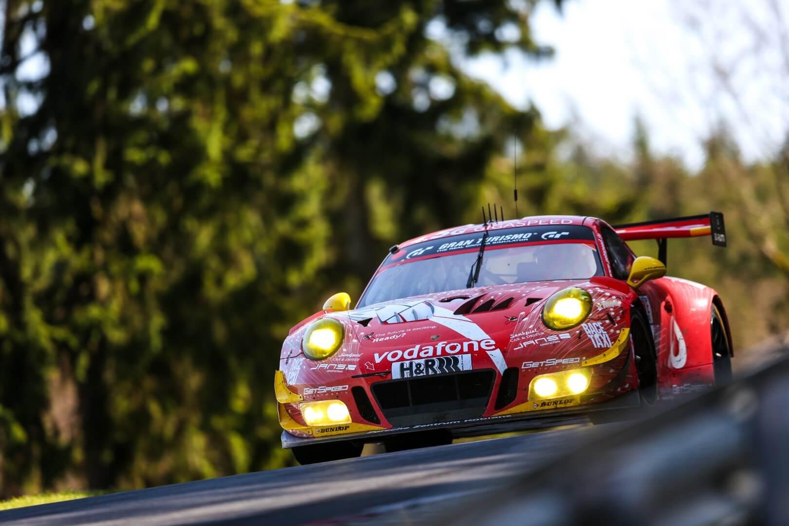 VLN 2. Lauf 2018, Nürburgring-Nordschleife - Foto: Gruppe C Photography; #2 Porsche 911 GT3 R, GIGASPEED Team GetSpeed Performance: Steve Jans, Marek Böckmann