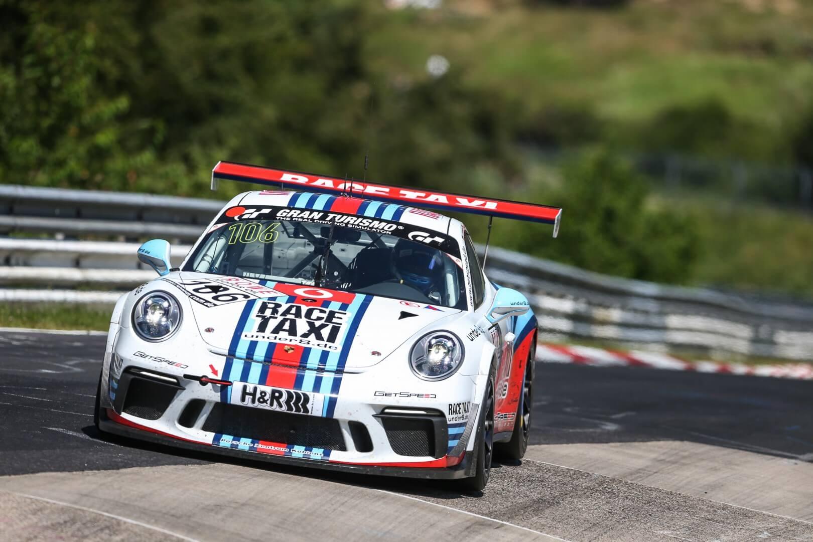 VLN 4. Lauf 2018, Nürburgring-Nordschleife - Foto: Gruppe C Photography; #106 Porsche 911 GT3 Cup, GIGASPEED Team GetSpeed Performance: Philip Hamprecht, Manuel Lauck, Fabian Schiller