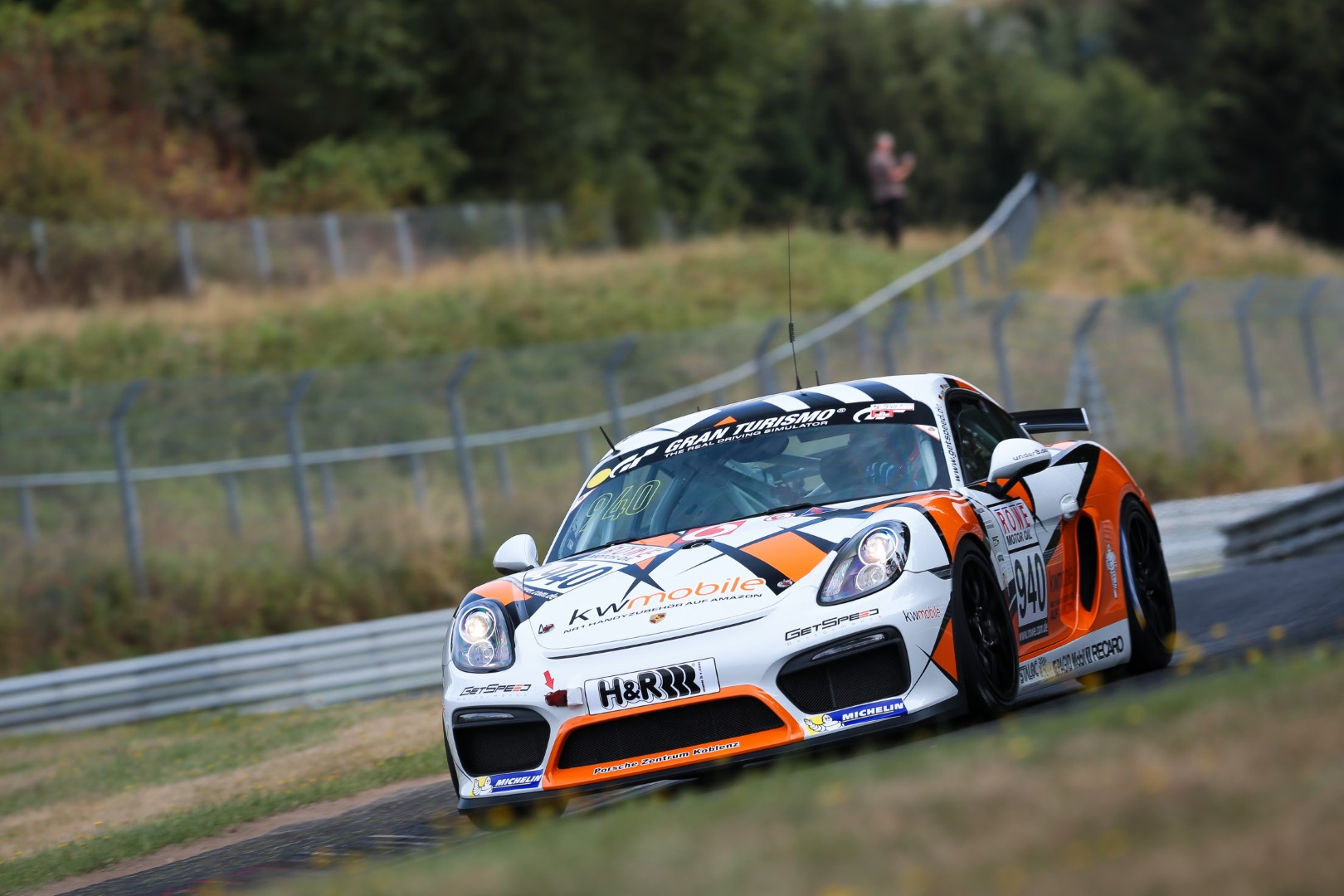 VLN 6. Lauf 2018, Nürburgring-Nordschleife - Foto: Gruppe C Photography; #940 Porsche Cayman GT4 CS, GIGASPEED Team GetSpeed Performance: Max, Jens
